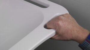 MIVA onderrijdbare wastafel handgreep